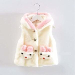 Jaket Bludru Boneka Putih